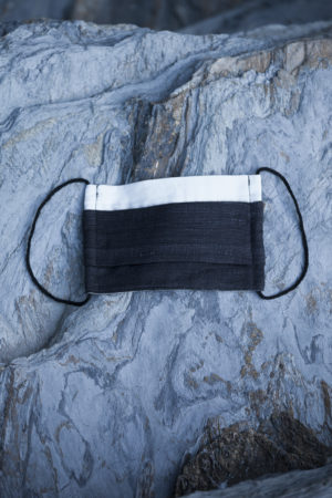 White Silk Cotton/Charcoal Mat Silk Pleated Mask